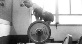 10 Rules of the Lifting Platform That Apply to Everyone – BreakingMuscle.com